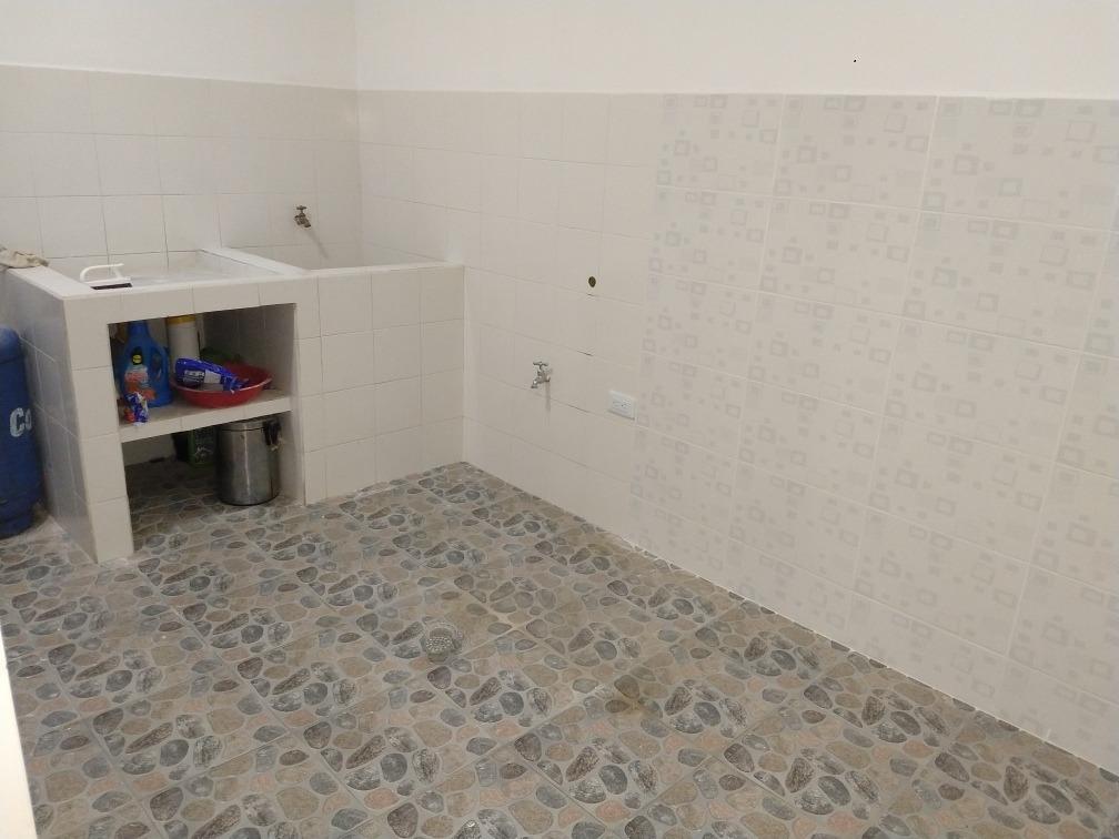 casa con 3 habitaciones 2 baños
