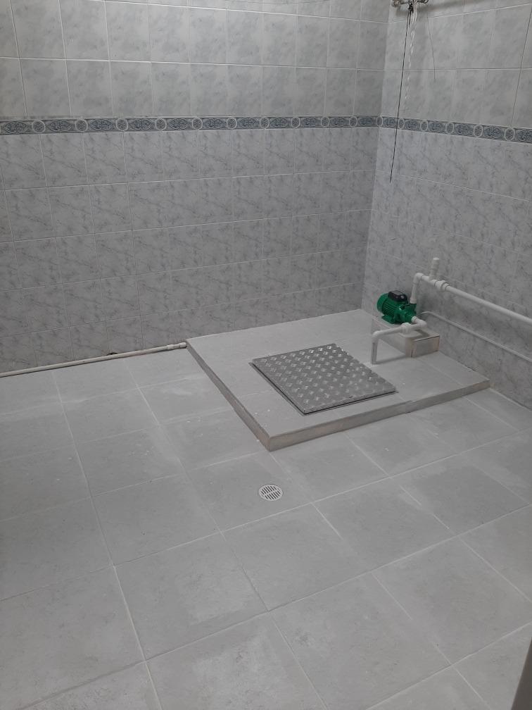 casa con 3 habitaciones .2 grandes y 1 pequeña..dos baños