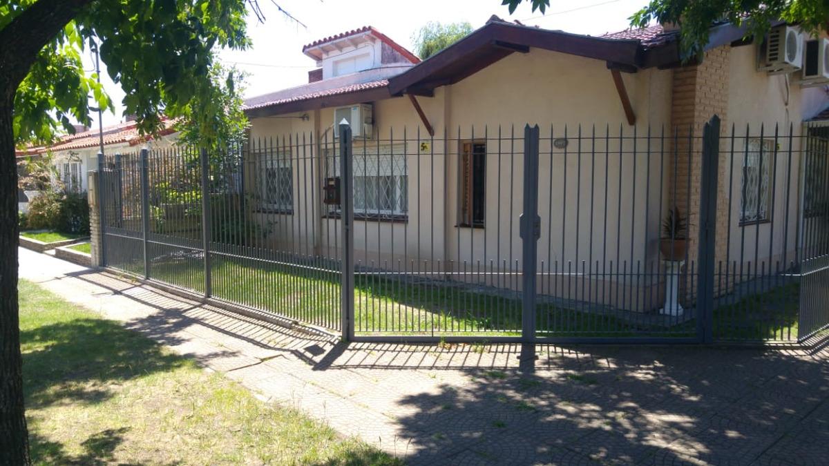 casa con 3 habitaciones