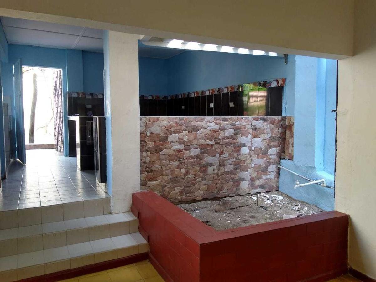 casa con 3 habitaciones, local comercial, 400.10 mts
