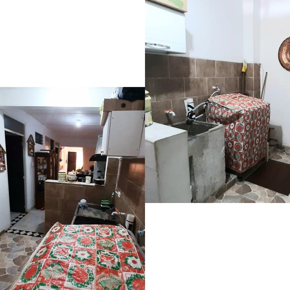 casa con 4 habitaciones, 6 baños, 2 cocinas, y terraza