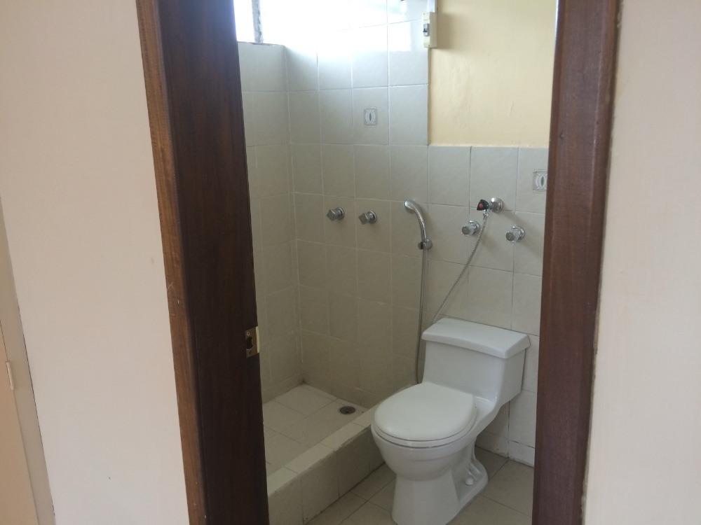 casa con 5 habitaciones y 2:5 baños