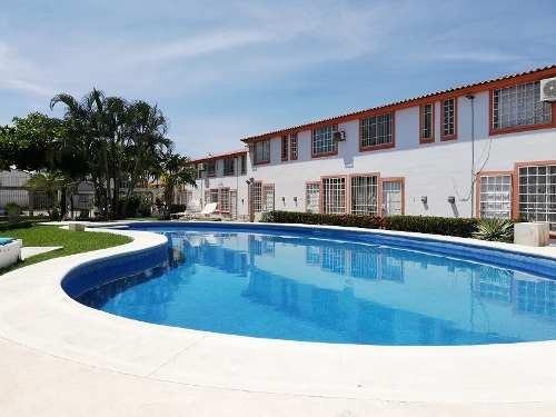 casa con alberca en fracc. marquesa, acapulco.
