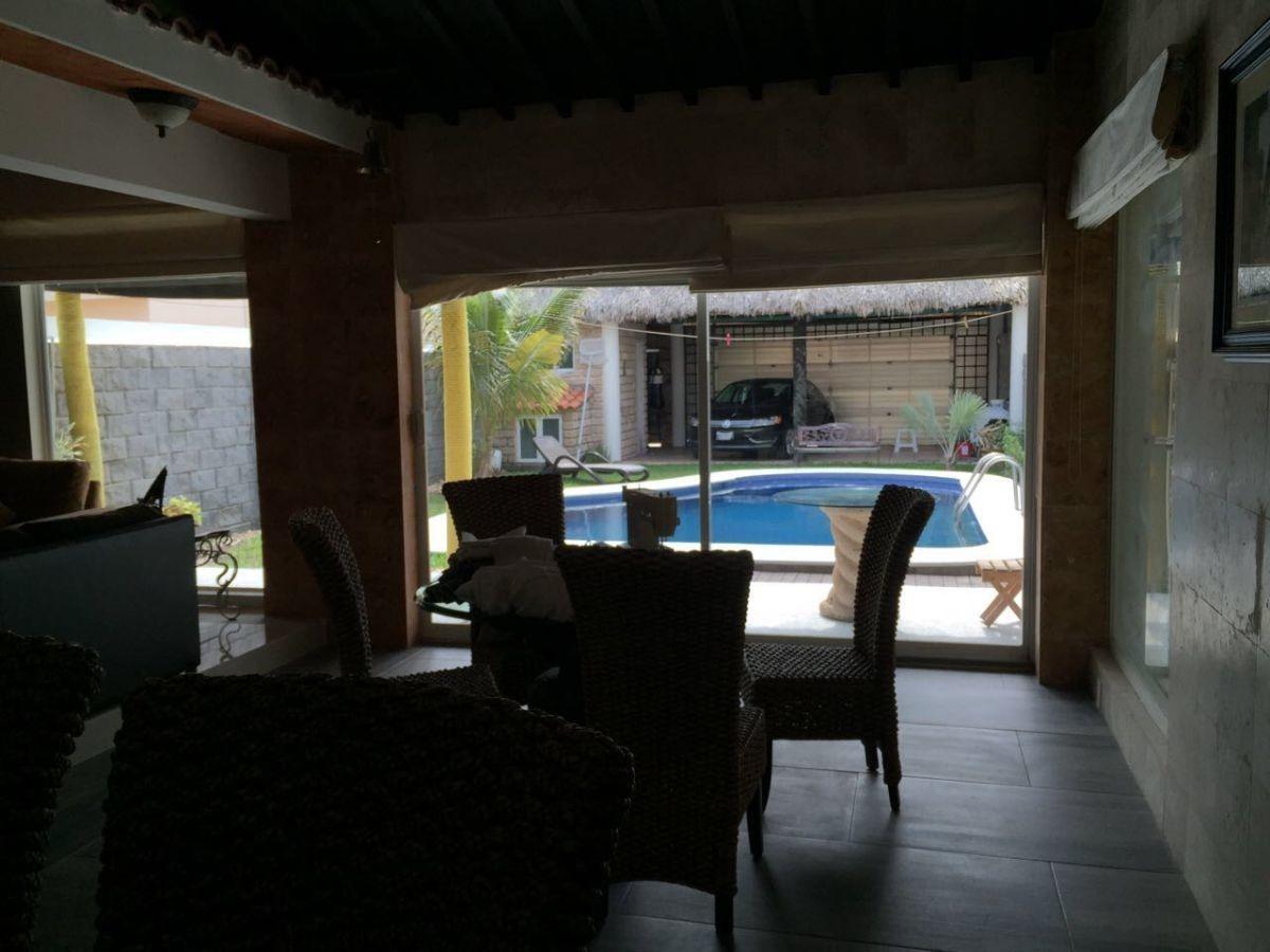 casa con  alberca, en lomas residencial, riviera veracruzana, alvarado