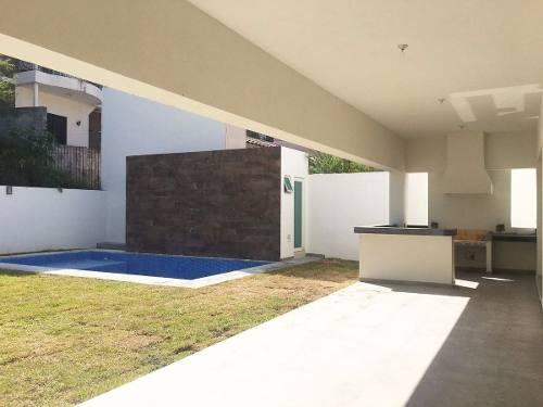 casa con alberca en venta valle alto zona carretera nacional monterrey