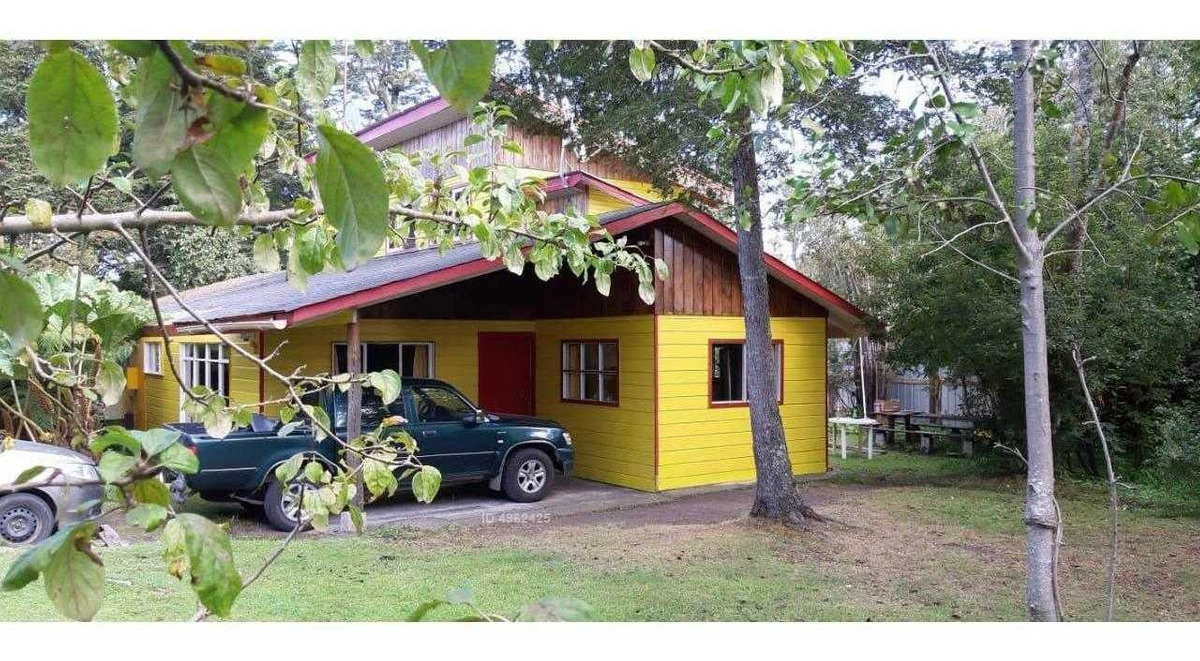 casa con amplio terreno a 30 mt del lago llanquihue