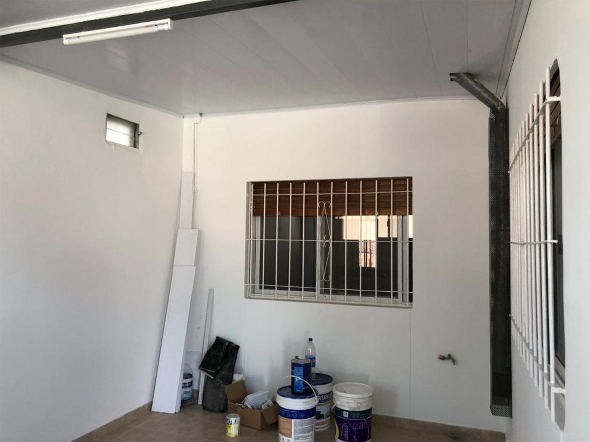 casa con cochera y patio