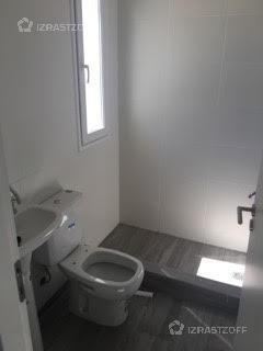 casa con cuatro dormitorios más escritorio!