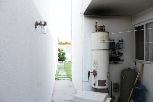 casa con departamento en venta en bellavista, corregidora