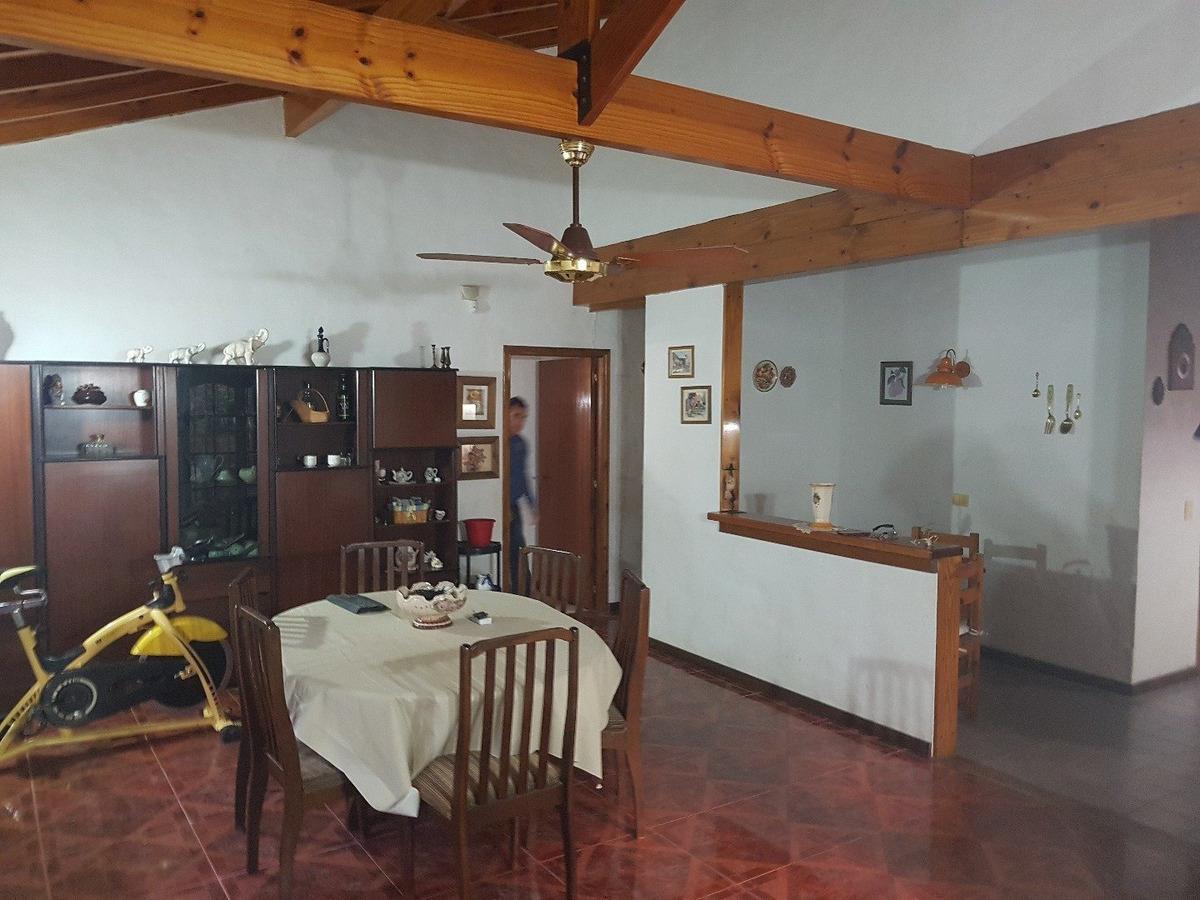casa con departamento valeria del mar