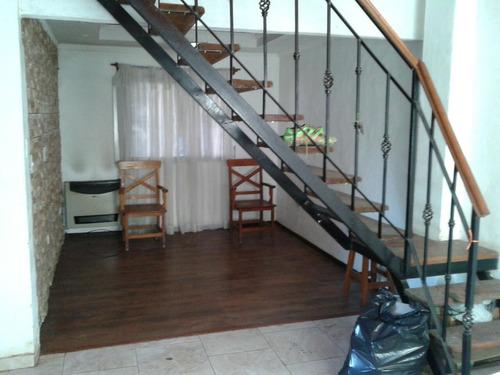 casa con dos departamentos en venta