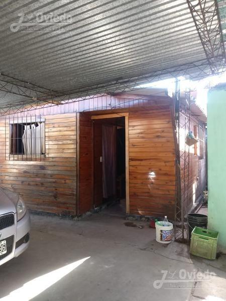 casa con dos dormitorios en merlo. oportunidad en pesos***