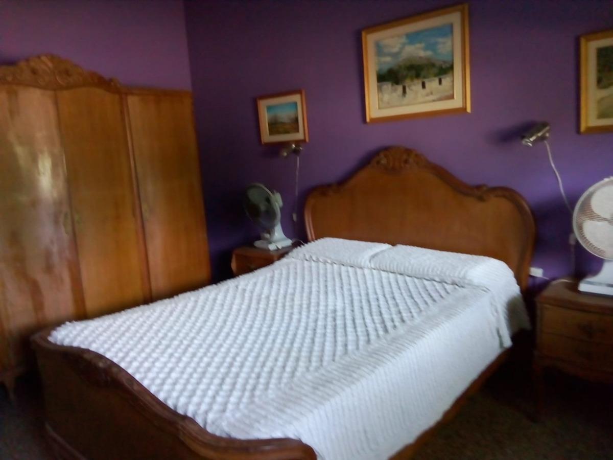 casa con dos dormitorios y parrillero