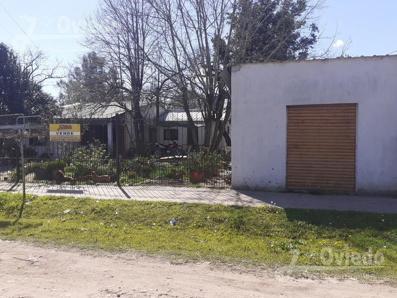 casa con escritura en merlo dos casas y amplio patio**