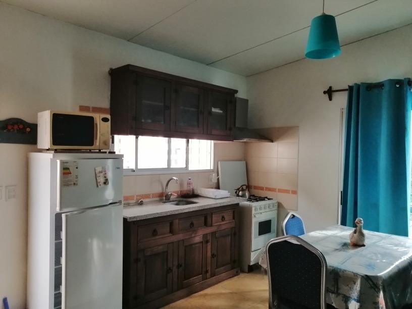 casa con estufa a leña (incluida en el precio) para 2
