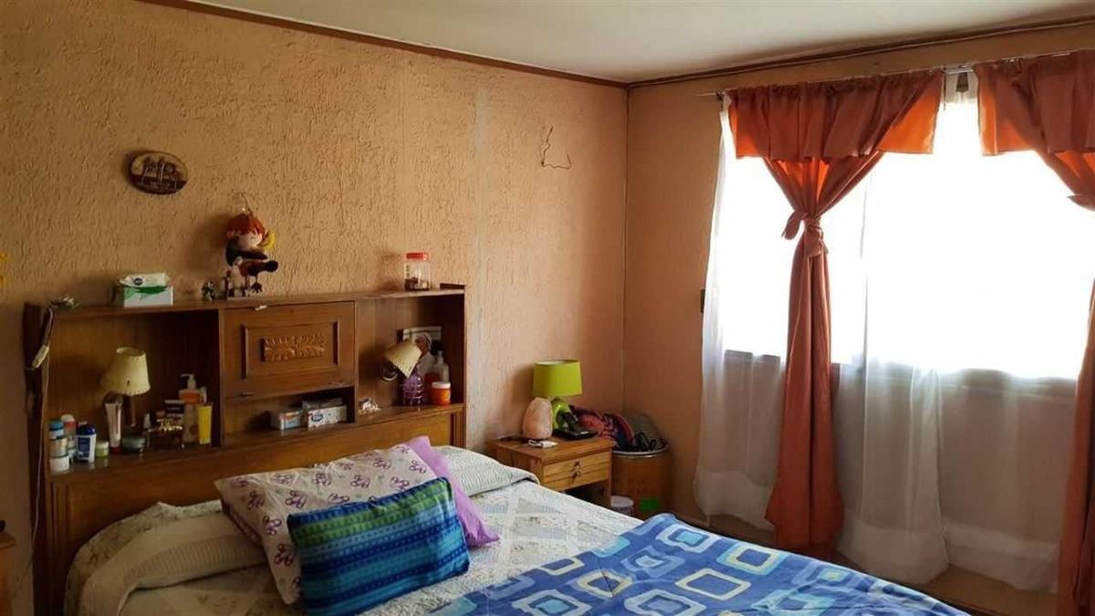 casa con galpón en villa antigua peñalol