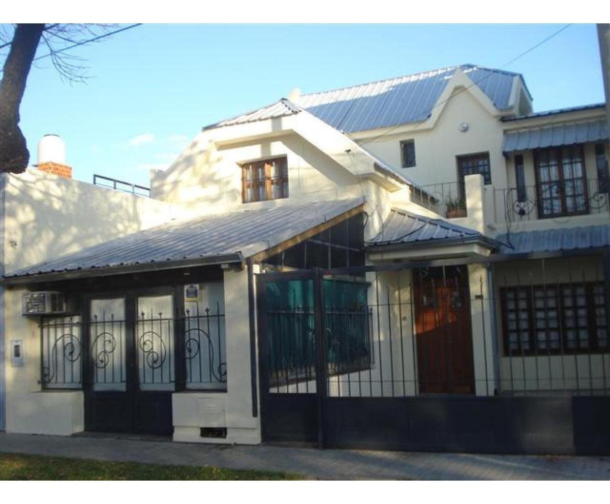casa con garage rioja 5300