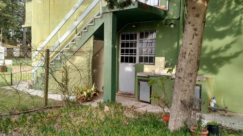 casa con gas natural en amplio terreno zona centro
