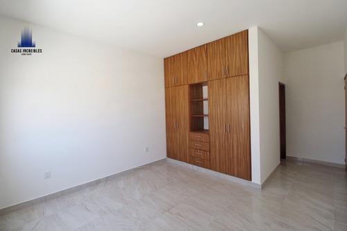 casa con habitación en planta baja y con alberca