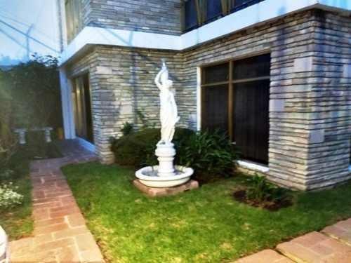 casa con jardin o para oficinas