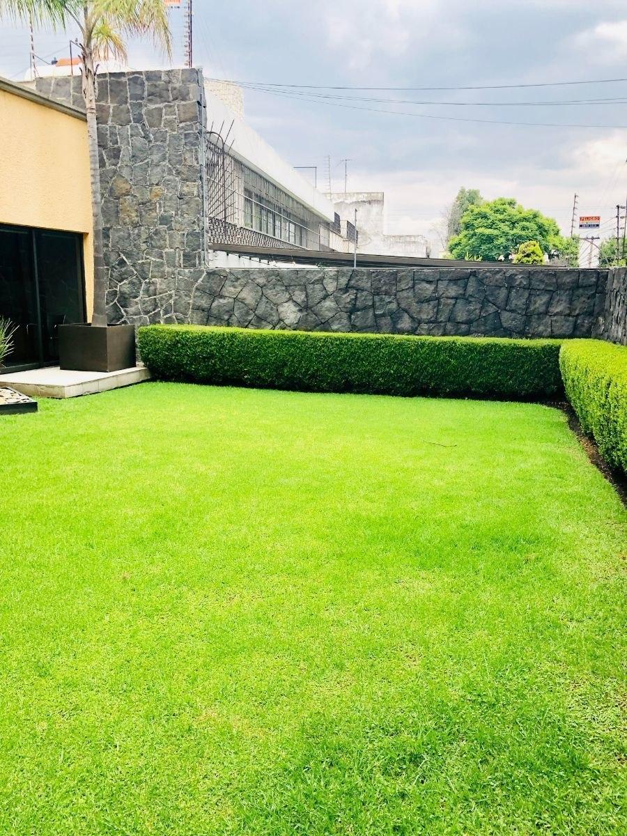 casa  con  jardin y 4 recámaras tecamachalco