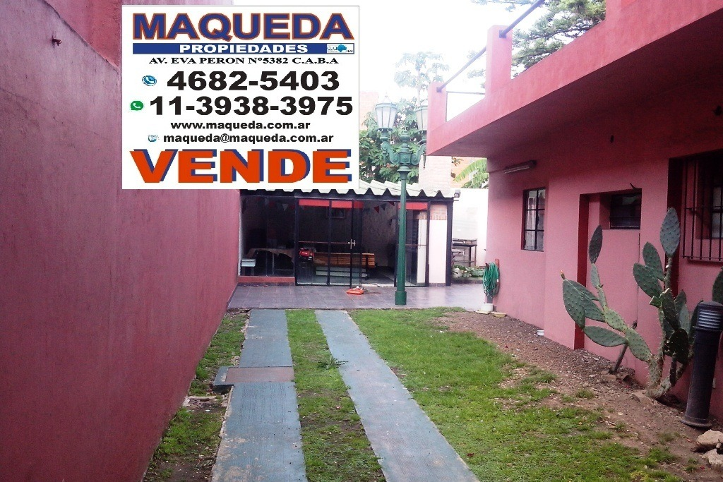 casa con local y quincho entrada 5 autos