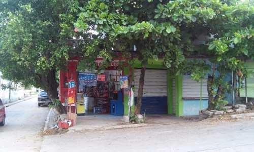 casa con locales en excelente ubicacion esquina, col. emiliano zapata, coatzacoalcos, ver,