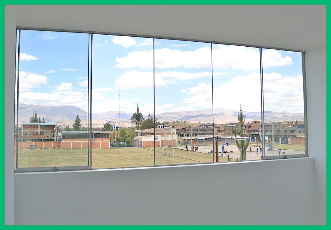 casa con panorámicas vistas al exterior (inscrita en sunarp)