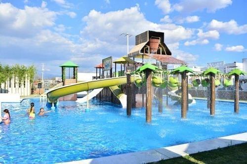 casa con parque acuático privado modelo rubí