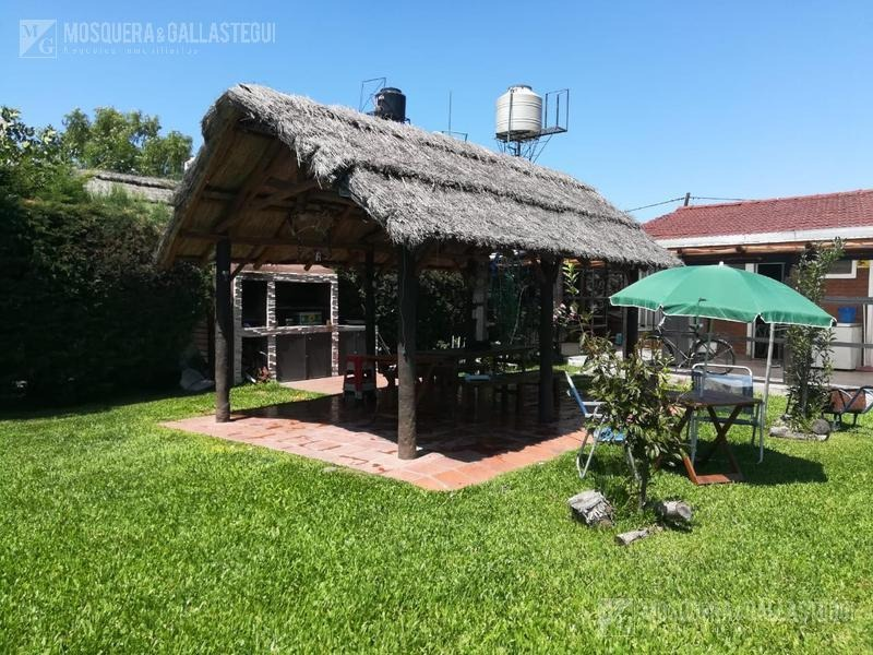 casa con pileta - parque sakura - exaltación de la cruz
