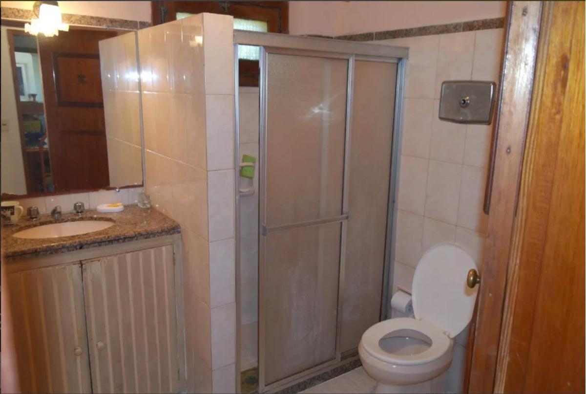 casa con piscina 4 dormitorios y 3 baños