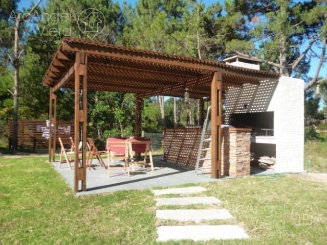 casa con piscina en alquiler en  pinares - punta del este