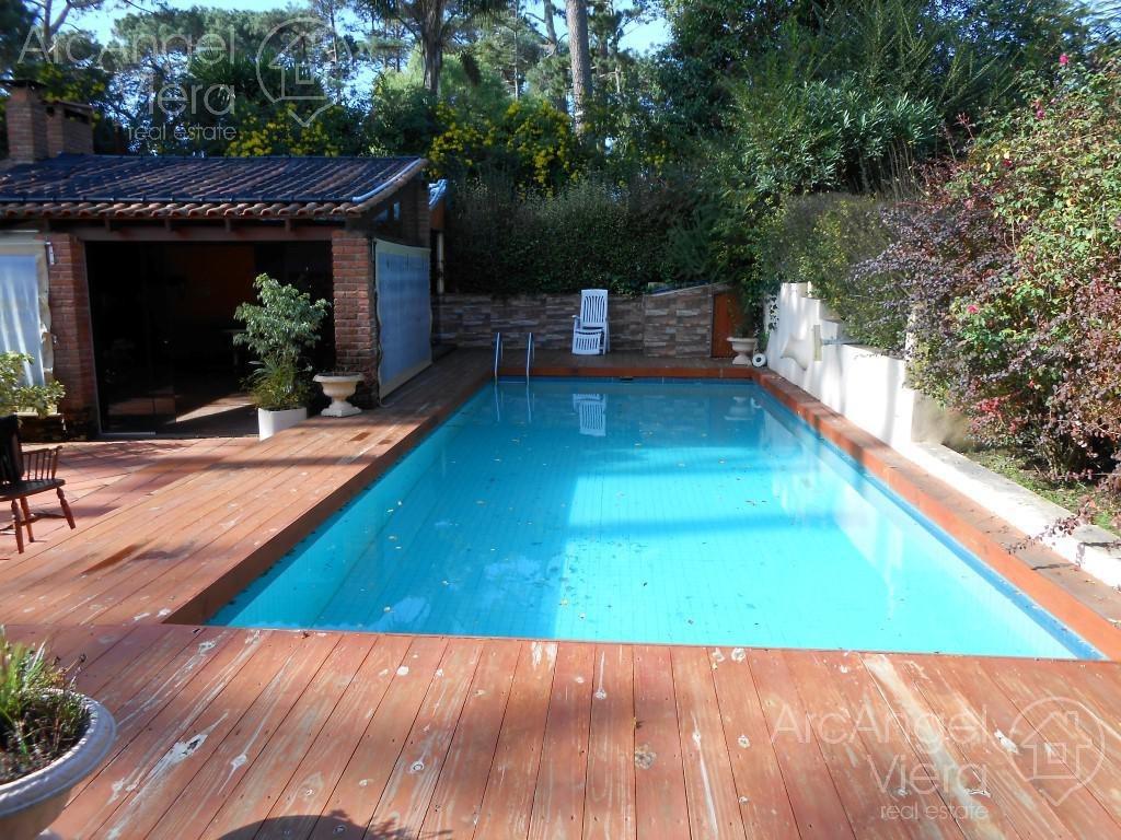 casa con piscina en alquiler - venta en  cantegril