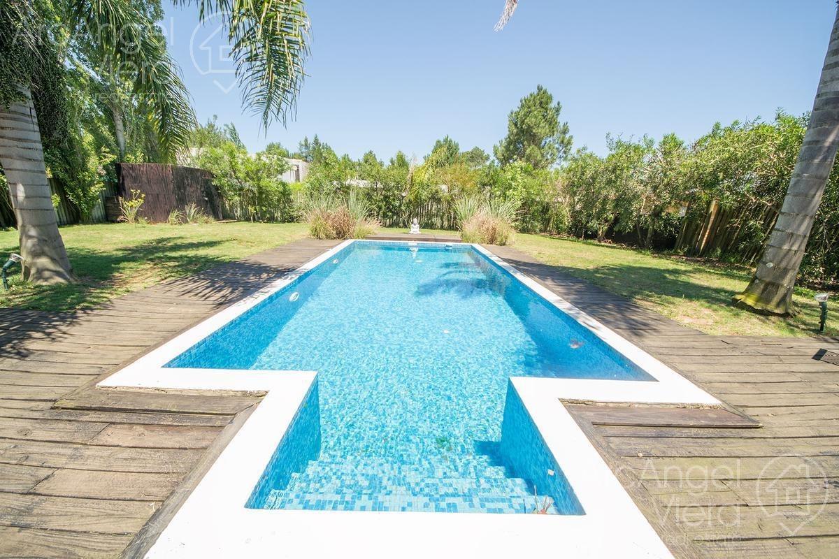 casa con piscina en venta  en barrio privado - la residence