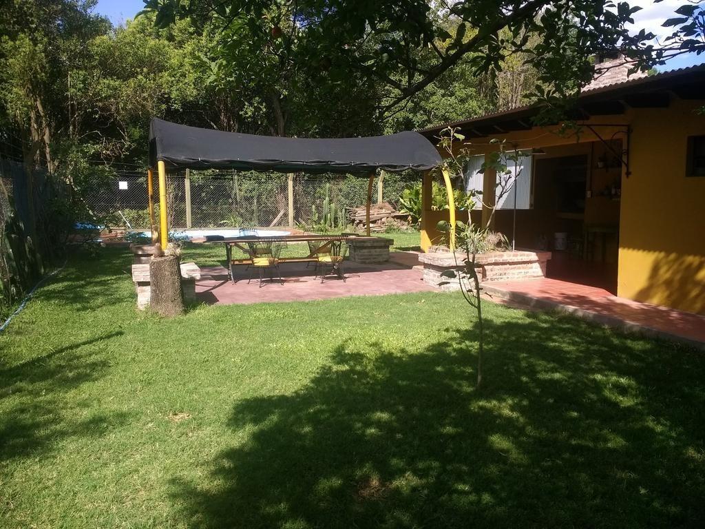 casa con piscina, tranquilidad y seguridad, 50 km rosario