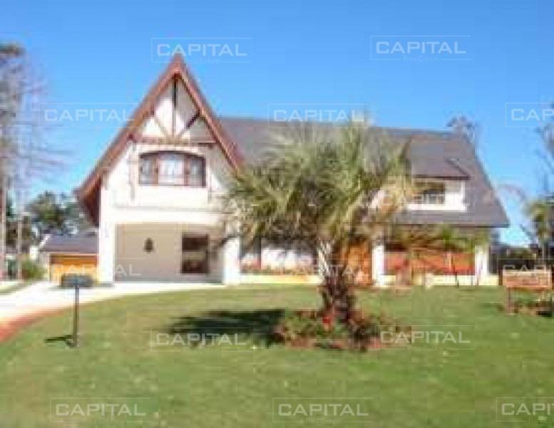 casa con piscina y cancha de tenis en alquiler a metros del mar, solanas, punta ballena-ref:28606