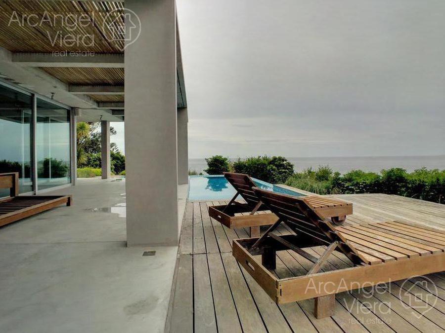 casa con piscina y vista al mar en alquiler- lomo de la ballena - punta ballena