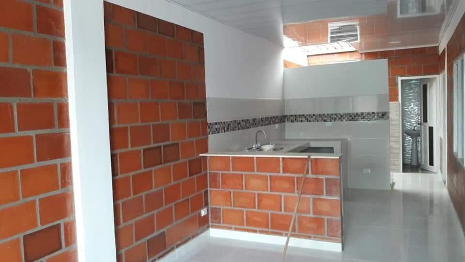 casa con plancha ubicada en villagorgona con full acabados