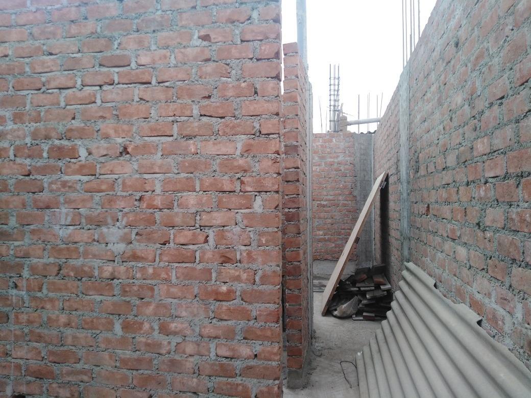 casa con proyección a tercer piso independiente