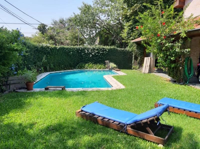 casa con quincho parrilla y piscina en san isidro