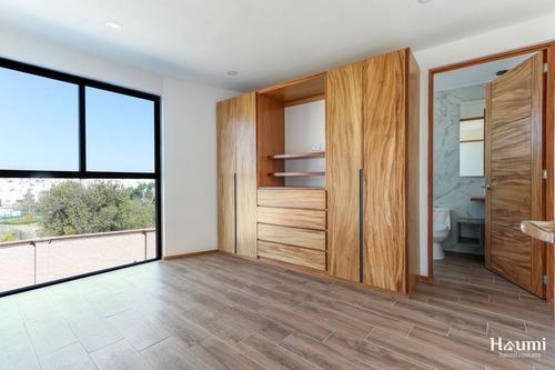 casa con recámara en planta baja en venta en lomas de angelópolis