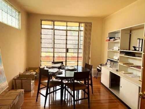 casa con uso de suelo en renta