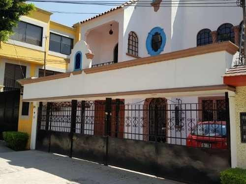 casa con uso de suelo en renta en la del valle