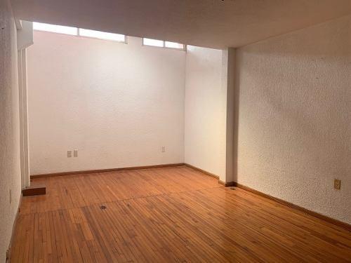 casa con uso de suelo en venta en claveria