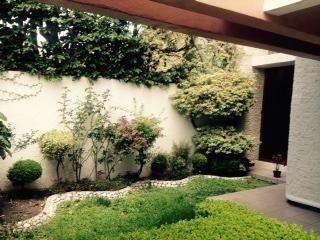 casa con uso de suelo mixto  en renta  centrica en qro. mex.