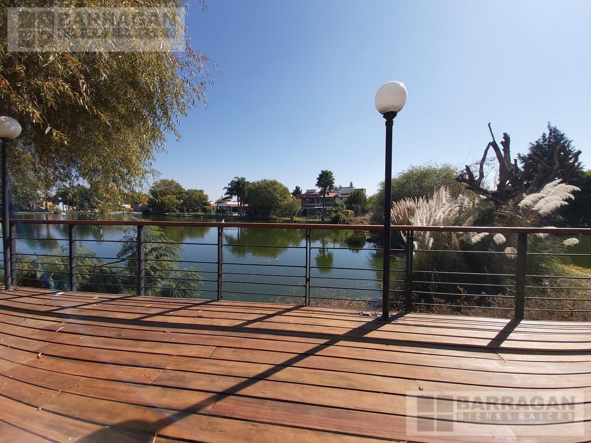 casa con vista al lago en venta el campanario querétaro
