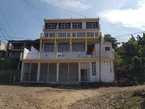 casa con vista al mar en la peñita de jaltemba