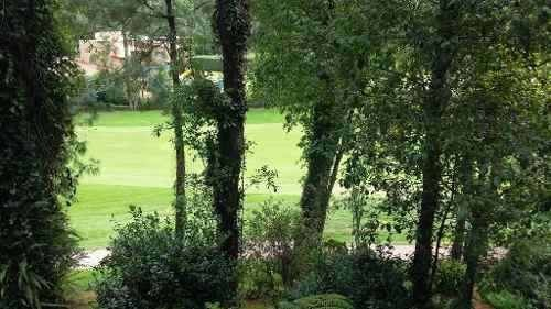 casa con vista y acceso al campo de  golf avandaro. precio de oportunidad!!.