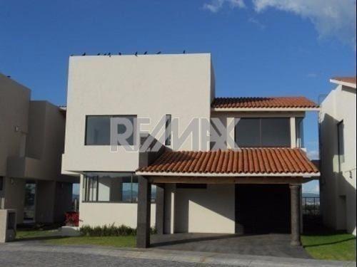 casa condo 3 recs 3.5 baños 2 garages villa toscana