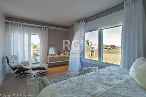 casa condomínio em centro com 3 dormitórios - ev3503